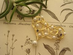 Order Collection - Brooch - 016