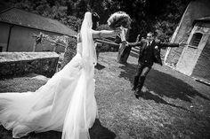 Esistono momenti nella nostra vita particolari e magici, la scelta dell'abito di nozze o di una cerimonia speciale..lo è!!!! ...vi aspettiamo , con le nostre sarte, il nostro stilista, le nostre modelliste ..la nostra Wedding planner e la nostra consulente viaggi, per rendere tutto ciò un momento unico!  Scegliendo tra i modelli più belli MADE in ITALY o creandolo appositamente per voi realizzeremo l'abito dei sogni Contattaci 031272396 www.tosettisposa.it #abitidasposa2015 #wedding