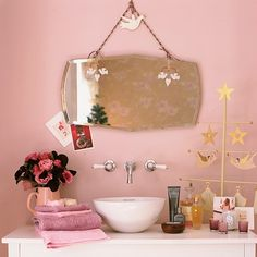 32 Reasons Love Retro Pink Brown Bathroom Ideas, Color is an issue of personal selection, for example, color of a bathroom. In particular, the color of the bathroom plays a crucial role here and henc. Brown Bathroom Decor, Bathroom Styling, Bathroom Ideas, Bathroom Small, Design Bathroom, Bathroom Shelves, White Bathroom, Granny Chic, Tinted Mirror