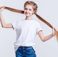 Ponytail Girl, Cute Babies Photography, African Shirts, Cute Girl Dresses, Cute Baby Pictures, Famous Girls, Russian Models, Pakistani Actress, Indian Beauty Saree