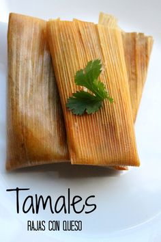 Tamales Recipe: Rajas con Queso, or Jalapeño and Cheese Tamales - this classic and yummy dish is a Mexican food favorite. - by Mama Maggie's Kitchen Masa For Tamales, How To Make Tamales, Beef Tamales, Homemade Tamales, Mexican Tamales, Vegan Tamales, Tamale Recipe, Cheese Recipes, Rice