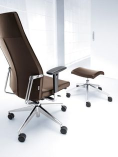 #super #fotel biurowy do gabinetu. #active z http://www.arteam.pl/aktualnosci/fotele-gabinetowe/