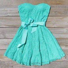 Vestido cor verde piscina