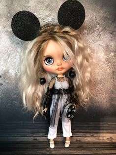 Final payment for Little Lyalya Blythe ooak doll custom with clothes companion collectible doll Ooak Dolls, Blythe Dolls, New Monster High Dolls, Doll Clothes Barbie, Gothic Dolls, Doll Repaint, Little Pets, Custom Dolls, Cute Illustration