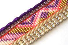 OOAK bracelet manchette brésilien original  luxueux rose violet blanc et or bijou hippie boho gypsy Bohème fashion fermoir magnétique