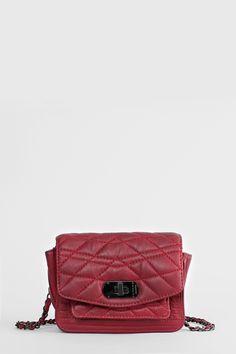 Gesteppte Minitasche von Zadig et Voltaire, zum Umhängen, Z&V-Militärverschluss, Breite 18 cm, Höhe 12,5 cm, Tiefe 15 cm, Riemenlänge 103 cm, 100 % Lammleder