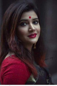 India n beauty Beautiful Girl Indian, Beautiful Girl Image, Most Beautiful Indian Actress, Beautiful Saree, Gorgeous Women, Indian Photoshoot, Saree Photoshoot, Beautiful Bollywood Actress, Beautiful Actresses