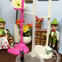 Free-shipping-10-pcs-lot-Transparen-Doll-Stand-Display-Holder-For-Barbie-Doll-accessories-for-Monster-1