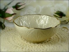 Ivory Porcelain Decorative Sculpted Feather Bowl by Lenox