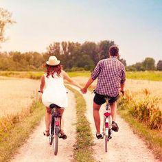 €59. Ben jij in voor een fietstocht langs kleurrijke heidevelden, een fikse wandeling langs verfrissende vennetjes en een picknick in de eerste zonnestralen? Dan is een uitstap naar de Veluwe precies wat jij zoekt. Trek naar onze Noorderburen en geniet van de prachtige natuur en de luxe van een viersterrenhotel. #onlinedeals #deals #travelling #together #love #vacation #holiday #shorttrip