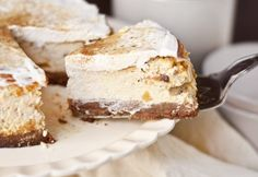 Apple and cinnamon cheesecake with a specula bottom Serendipity- Apfel-Zimt-Käsekuchen mit Spekulatiusboden Cheesecake Caramel, Cinnamon Cheesecake, Cheesecake Recipes, Dessert Recipes, Apple Cheesecake, Delicious Desserts, Cookies Et Biscuits, Cake Cookies, Salty Cake