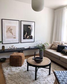 Tänk vad en dags ledighet mitt i veckan kan kännas som en hel ocean av fritid! My Living Room, Home And Living, Living Room Decor, Living Spaces, Bedroom Decor, Living Room Inspiration, Interior Inspiration, Interior Exterior, Interior Architecture