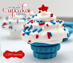 Independence day cupcakes decorated with a Fourth of July theme with a simply lovely style. See our Independence day Cupcakes Decorating collection Ideas. Chocolates, Just Desserts, Delicious Desserts, Yummy Snacks, Yummy Food, Brownies, Biscuits, Great Recipes, Favorite Recipes