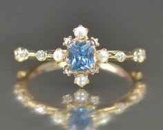 Karaoke: Aquamarine Diamond Ring https://www.kataoka-jewelry.com/en/en-jewelry/en-rings/aquamarine-diamond-ring/