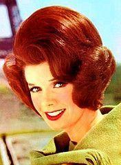 mom and her boufant. Teased Hair, Bouffant Hair, Bad Hair Day, Big Hair, Tour Eiffel, Vintage Hair Salons, Helmet Hair, 1960s Hair, Retro Hairstyles