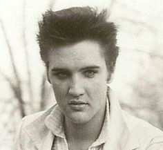 Elvis looking young and totally gorgeous