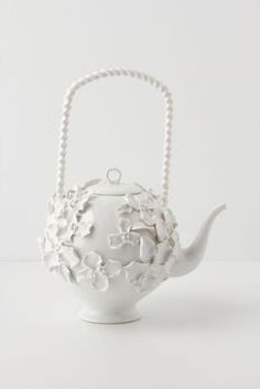 Climbing Primrose Teapot from anthropologie // so very proper indeed