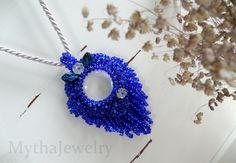 Notte Farfall pendant. Beaded pendant, blue pendant, beaded necklace, flower necklace, farfalle, cobalt pendant, cobalt jewelry by MythaJewelry on Etsy