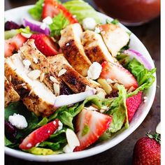 "39 Likes, 3 Comments - PureLifePlanet (@purelifeplanet) on Instagram: ""Strawberry Chicken Salad with Strawberry Balsamic Dressing Prep time 14 mins Total time 14 mins…"""