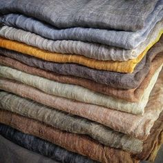Warm earthy textures and colours. . . . . . . #kiah #fashion #beauty #love #world #nature #style #instastyle #instadesign #instalike aetsy #instalove #fairfashion #ethicalfashion #sustainablefashion #slowfashion #sustainability #boho #bohemian #bohostyle #hemp #linen #handmade #handprinted #abstract #print #patterns #australia #melbourne #aboriginal #art