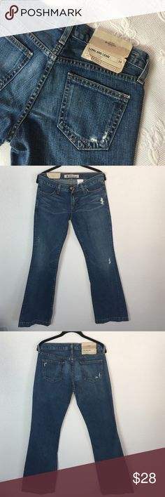 """GAP Long and Lean Flare Jeans NWT Groovy vibe with feeling like a costume.  30"""" waist, 8"""" rise, 33"""" inseam 19"""" at hem.  Light distressing 100% cotton no stretch   Nice medium weight. New with tags GAP Jeans Flare & Wide Leg"""