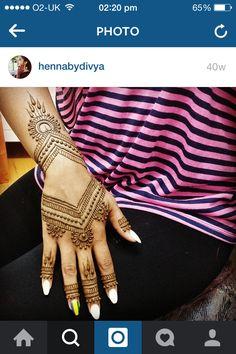 Mendhi by Divya