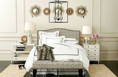 Isn't symmetrical boring sometimes? If you agree with me, then you will enjoy the mismatched nightstands trend that is invading bedrooms around the world this past year. Different night tables...