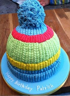 This is a beanie bobble hat I made for my OH's brother, for his birthday. The 'knitting' took about 3 hours, and then the bobble probably took me another couple of hours. I really enjoyed the finished effect of this cake, and the recipient was. Christmas Cake Decorations, Christmas Sweets, Holiday Cakes, Christmas Cakes, Christmas Holiday, Fondant Cakes, Cupcake Cakes, How To Make A Beanie, Happy Birthday Patrick