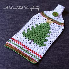 Ravelry: Retro Christmas Tree Towel pattern by Jennifer Pionk Location: see gailz email subject line: cool christmas crochet towel Retro Christmas Tree, Crochet Christmas Trees, Holiday Crochet, Noel Christmas, Crochet Home, Crochet Gifts, Knit Crochet, Christmas Patterns, Christmas Stocking