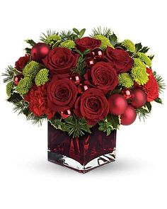 Christmas Flowers Delivery Louisa KY - Farmhouse Memories Red Christmas Ornaments, Christmas Flowers, Winter Flowers, Diy Christmas Gifts, White Christmas, Christmas Balls, Bright Flowers, Merry Christmas, Fresh Flowers