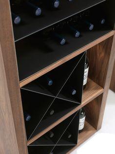 Expositor de vinos Cru de Riva 1920