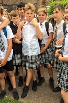 Teenage boys wear skirts to school to beat the heat Guys In Skirts, Boys Wearing Skirts, Young Cute Boys, Cute Teenage Boys, Feminized Boys, Man Skirt, Blonde Boys, Boys Underwear, Boys Suits