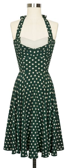 The Trashy Diva Lena Tie Dress in Irish Polka has an adjustable neck and full circle skirt! Pin Up Outfits, Retro Outfits, Vintage Outfits, Vintage Fashion, Irish Fashion, Retro Dress, Dress Vintage, Frock Fashion, Trashy Diva