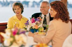 San Diego Thanksgiving Dinner Cruise. Book today with Newhall Valencia Travel.