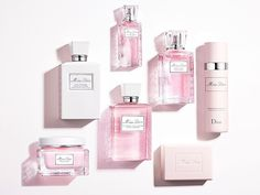 Miss Dior introduces the perfect bath ritual with new products. Dior add two ancillaries to the beloved Miss Dior fragrance collection for a longer-lasting perfuming experience! The French fashion house was known for revolutionizing the perfume industry in the 1940s with their launch of this delicate rose-inspired scent that was created by Monsieur Dior. Now the two addition are being introduced to the collection this spring with the launch of the Perfumed Deodorant and Foaming Shower Gel…