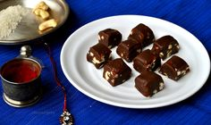 Chocolate . Dry fruit . Fudge . Do I even need to say anything more? Its an awesome , chocolaty , gooey , nutty treat , that's loved by all . This Rakshabandhan , treat your siblings with this awesome dessert !
