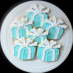 Tiffany Blue Engagement Ring Box Decorated Cookies by peapodscookies