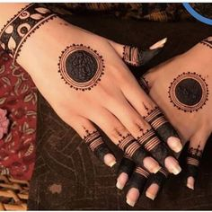 Best 11 Mehndi henna designs are always searchable by Pakistani women and girls. Women, girls and also kids apply henna on their hands, feet and also on neck to look more gorgeous and traditional. Circle Mehndi Designs, Mehndi Designs Book, Finger Henna Designs, Mehndi Designs 2018, Mehndi Designs For Beginners, Mehndi Designs For Girls, Mehndi Design Pictures, Bridal Henna Designs, Mehndi Designs For Fingers