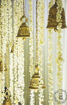 19 Ways to Add the Auspiciousness of Bells in Wedding Decor ShaadiSaga Rustic Wedding Decorations, Desi Wedding Decor, Elegant Centerpieces, Wedding Mandap, Tamil Wedding, Wedding Receptions, Wedding Poses, Wedding Table, Housewarming Decorations