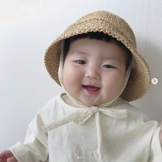 Cute Asian Babies, Korean Babies, Cute Babies, Cute Baby Girl Pictures, Baby Photos, Cute Little Baby, Little Babies, Cute Toddlers, Cute Kids