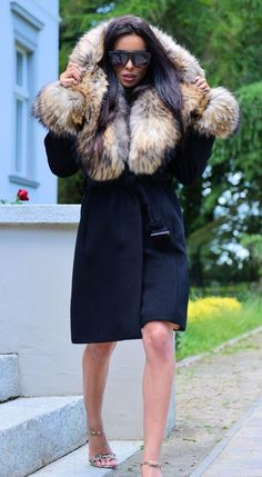 REAL CASHMERE &FINNRACCOON FUR. FANTASTIC TREANCH COAT WITH HOOD. STYLE OF YOUR COAT. WITH FUR INSIDE. THE FUR IS DETACHABLE ! & FINNRACCOON. MADE OF HIGHEST QUALITY SKINS ON THE MARKET. SIZE - M.   eBay!
