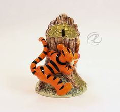 Piggy Bank Disney Tigger Winnie the Pooh Figurine Hidden Treasures Ceramic $14.99 #Piggybank #disney #tigger #winniethepooh