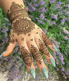 Amazing Indian Mehndi Designs For Full Hand 2017 Cute Henna Designs, Indian Mehndi Designs, Mehndi Designs For Girls, Mehndi Designs For Beginners, Mehndi Design Photos, Mehndi Designs For Fingers, Beautiful Henna Designs, Latest Mehndi Designs, Bridal Mehndi Designs
