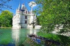 castles of europe : fairy Azey-le-redeau castle - Loire valley Westerns, Loire Valley, Europe, French Chateau, France, Tours, Places To Go, Beautiful Places, Around The Worlds