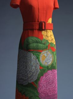 One-piece dress using chirimen, a traditional Japanese silk crêpe, with big (oni-shibo) wrinkles. Hanae Mori was one of the pioneers who first took Japanese fashion to the international market. Preparing for a 1965 show in New York, she asked herself where Japanese tradition lay, and eventually concluded that it lay in the kimono fabric. Traveling around the textile-producing areas of Japan, she discovered onishibo-chirimen from the Nagahama region of Shiga. The fabric was mainly produced…