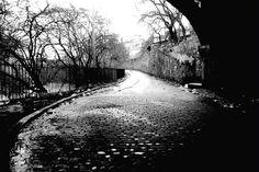 Glasgow in the 1960s, 70s & 80s - River Kelvin under the Great Western bridge.