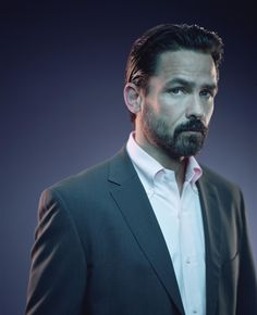 Misc and Old Shows - The 4400 - Season 2 - Cast Promotional Photos - THE 4400 -- USA Series -- Pictured: Billy Campbell a Gorgeous Men, Beautiful People, Billy Campbell, The 4400, Imaginary Boyfriend, My Kind Of Love, Perfect Beard, Old Shows, Show Photos