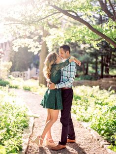 Preppy and sweet: http://www.stylemepretty.com/illinois-weddings/evanston/2015/06/29/evanston-lighthouse-beach-engagement-session/ | Photography: Kristin La Voie - http://kristinlavoiephotography.com/