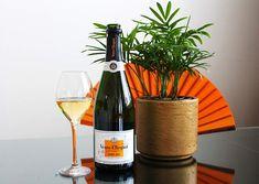 Veuve Clicquot, Champagne, Wine, Drinks, Bottle, Food, Drinking, Beverages, Flask