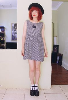 The Pineneedle Collective: DIY - How To Make Your Own Dress. Love it!